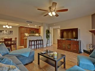 Modern & Contemporary, Gated, Pool, Wi-Fi, Golf! - Phoenix vacation rentals