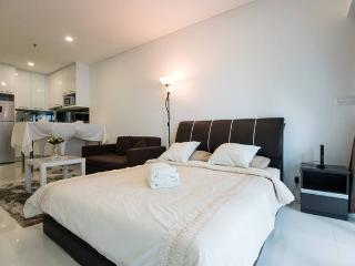 Comfy Suite in KLCC - Kuala Lumpur vacation rentals
