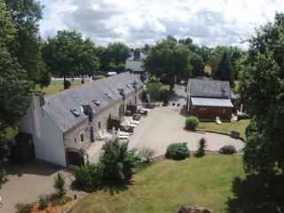 Nice 11 bedroom Cottage in Pluvigner - Pluvigner vacation rentals