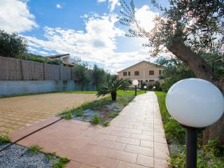 Cozy 3 bedroom Villa in Cinisi - Cinisi vacation rentals