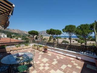 Il Nido di Suerte - 3 BR Addaura - Palermo vacation rentals