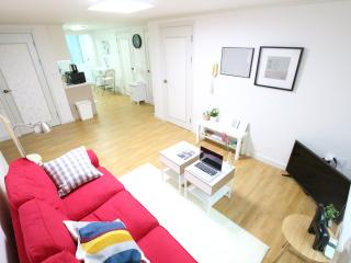 #3room&3bathrooms★New Hongdae 3mins - Seoul vacation rentals