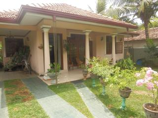 2 bedroom House with Parking in Negombo - Negombo vacation rentals