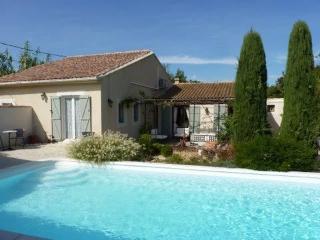 JDV Holidays -Bergerie St Madeleine - Orgon vacation rentals