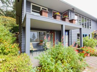 Private, Comfortable, Hillsdale Apartment - Portland vacation rentals