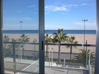 Malvarrosa II-amazing beach views - Valencia vacation rentals