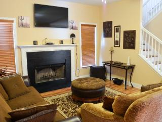 Mi-Casa (1) Nice 3 BR 2.5 BA fully furnish home - Atlanta vacation rentals