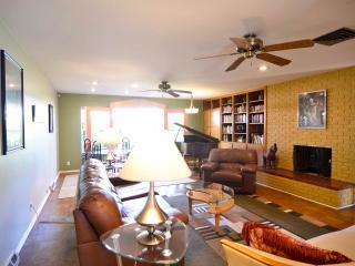 PARQHOUSE - Meet • Play • Entertain -Family&Groups - Albuquerque vacation rentals
