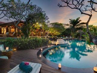 Villa East Indies Canggu Bali Elegant 6 bdrm - Pererenan vacation rentals