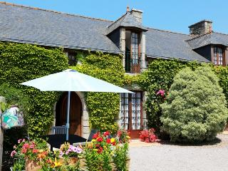 3 bedroom Gite with Internet Access in Planguenoual - Planguenoual vacation rentals