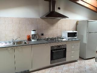 Nice Condo with A/C and Satellite Or Cable TV - Garbagnate Milanese vacation rentals