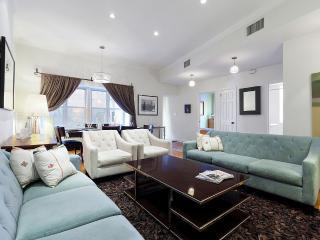 Luxury Designer 3 Bedroom - Prime Location - New York City vacation rentals