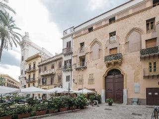 Casa Due Palme - Palermo vacation rentals