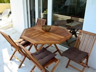 Two-bedroom apartment in Savina 20m from the sea - Savina vacation rentals