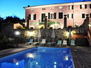 5 bedroom Villa with Deck in Massarosa - Massarosa vacation rentals