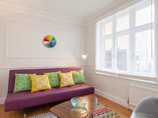 Trafalgar House 1 - London vacation rentals