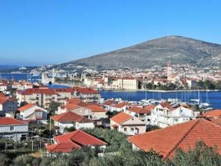 Apartmants Ivona 2 - Trogir vacation rentals
