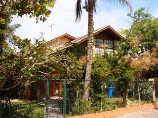 La Chiesa - Casa de praia na Cachoeira - Cachoeira do Bom Jesus vacation rentals