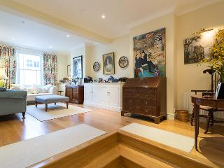 Dymock Street, pro-managed - London vacation rentals