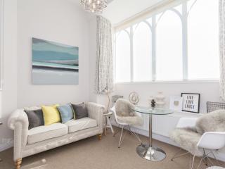 Stylish Studio Apartment - Oxford vacation rentals