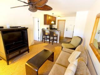 Ground Floor 1BR! Walk to Front Street; Lahaina! - Lahaina vacation rentals