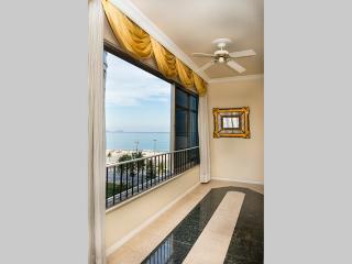 Lux Rio Apartments 01 - Copacabana 4 dormitorios - Rio de Janeiro vacation rentals
