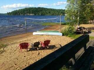 Lakefront Cottage NOW AVAILABLE - Muskoka Lakes vacation rentals