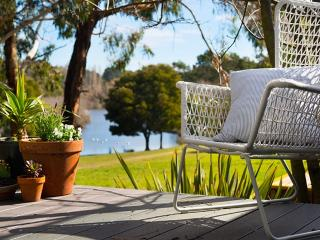 Perfect 2 bedroom Villa in Daylesford - Daylesford vacation rentals