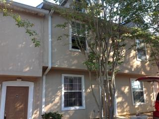 2 bedroom Condo with Internet Access in Tallahassee - Tallahassee vacation rentals