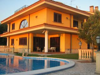 Bright 6 bedroom Vacation Rental in Calabria - Calabria vacation rentals