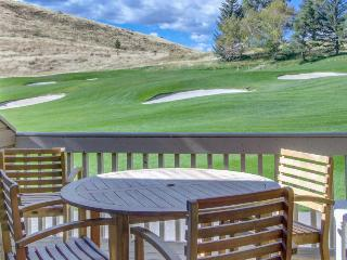 Condo w/golf course views , shared pool & hot tub, adjacent to slopes! - Sun Valley vacation rentals