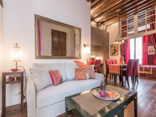 La Sainte Catherine - in the heart of the Marais - Paris vacation rentals