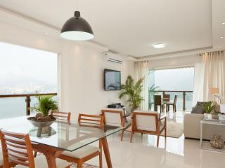 Spacious 3 Bedroom Apartment with Great Views in Lagoa - Rio de Janeiro vacation rentals