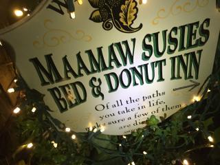 HOLIDAYS @ MAMAW SUSIES!!! - San Anselmo vacation rentals