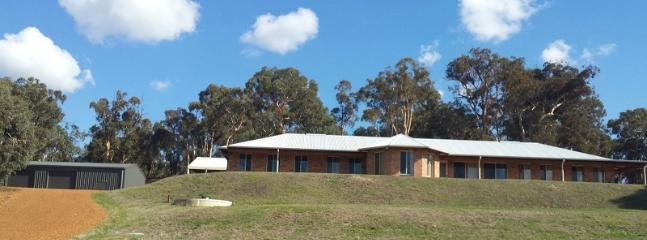 La Belle Vue - Peaceful holiday retreat - Lower Chittering vacation rentals