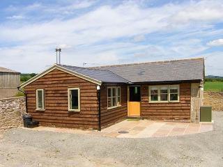 NORTON COTTAGE, ground floor, woodburner, leisure facilities, patio area, in Craven Arms, Ref 927012 - Craven Arms vacation rentals