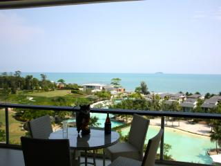 Luxury 2 bedroom 7th floor beachfront apartment. - Ban Laem Mae Phim vacation rentals
