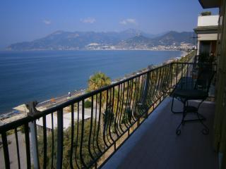 1 bedroom Apartment with Internet Access in Salerno - Salerno vacation rentals