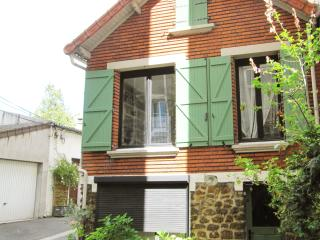 Lovely House in Paris-Les Lilas - Les Lilas vacation rentals