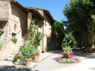 Appartamento in campagna - Capannoli vacation rentals