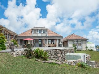 Knippenga Estate Villa 'Frangipani House' - Saint Eustatius vacation rentals