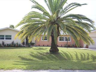 420 Madison Crt - Fort Myers Beach vacation rentals