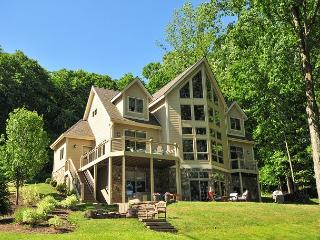 Exceptional 5 Bedroom on Premiere level lakefront! - Oakland vacation rentals