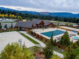 Great Family-Friendly Cabin|3Bd, 2Ba Slp9|Pool Access, Book 3 Get 4th Nt FREE - Cle Elum vacation rentals