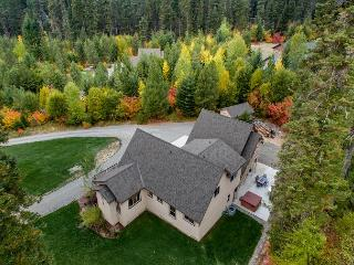 Spectacular Private 5BD Home Near Suncadia|Hot Tub, Heated Game Room | Slps14 - Cle Elum vacation rentals
