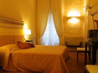 Residenza D'Epoca Palazzo Galletti MARTE - Florence vacation rentals