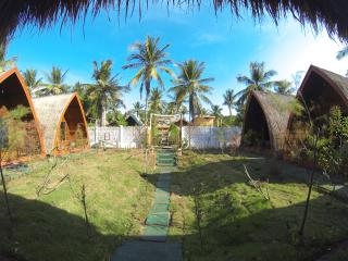 Nice 1 bedroom Tanjung Bungalow with Internet Access - Tanjung vacation rentals