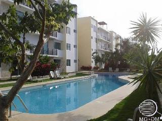 B202 Confortable Condo in Playa del Carmen - Playa del Carmen vacation rentals