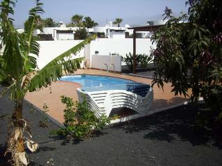 Perfect 2 bedroom Villa in Costa Teguise - Costa Teguise vacation rentals