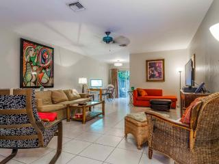 Private+Spacious 2-1 Near All That Ft. Lauderdale - Fort Lauderdale vacation rentals